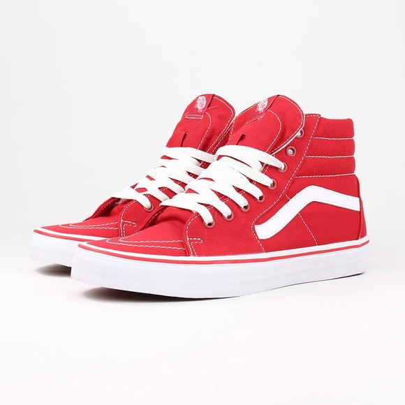 35007386e14 Sk8 High Vans in red. M 5aaa8c90a4c485c74357c30b
